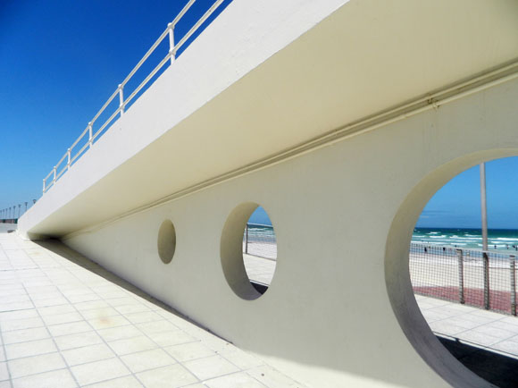 Muizenberg Promenade | School Of Light Photography School | perspective | line | structure | shape | composition